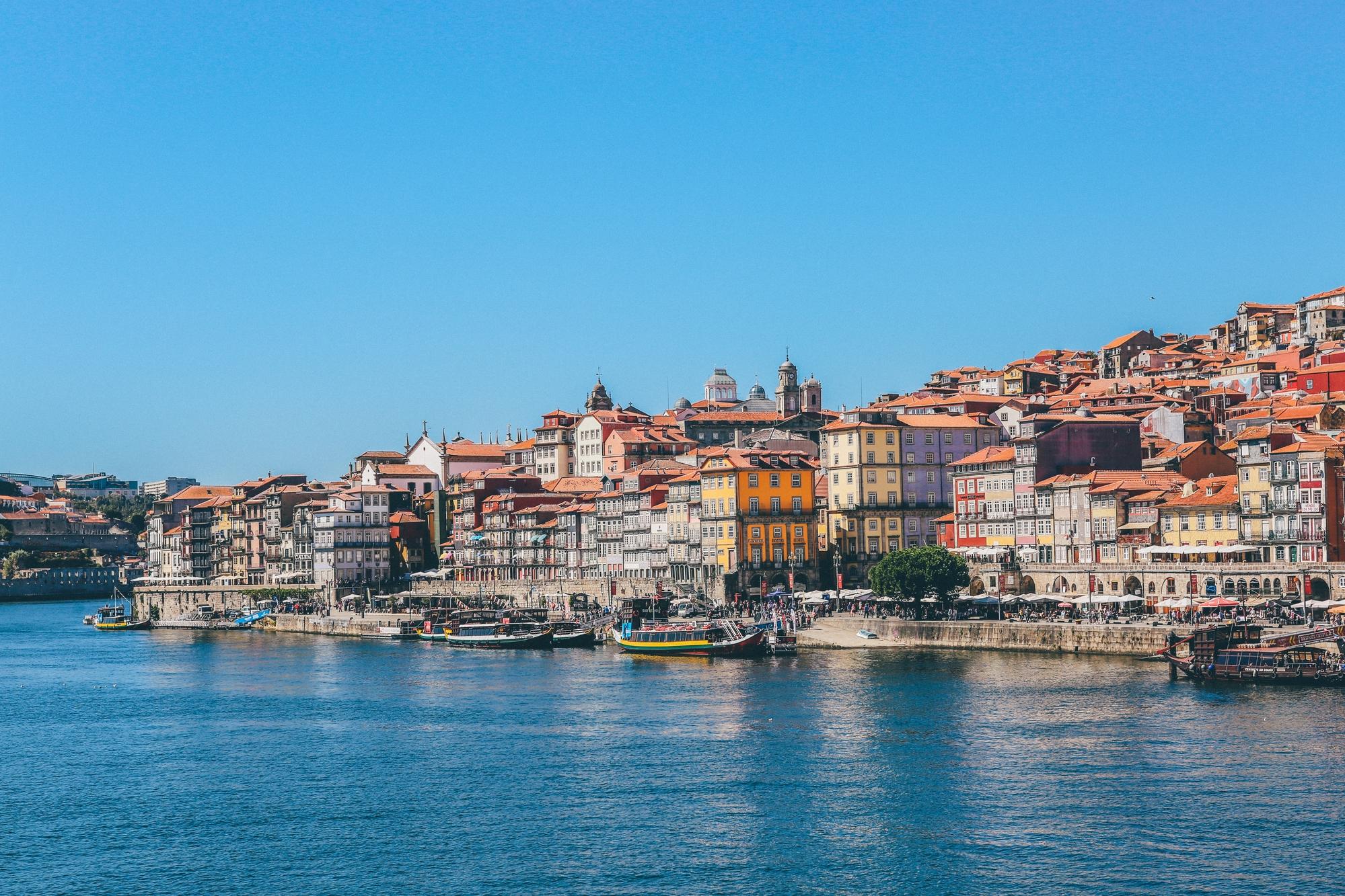 Pretende morar em Portugal? Então você precisa ler isso!